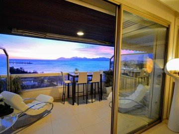 Upon request: Appartement Cannes Croisette